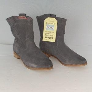 TOMS Laurel boots booties gray suede women 7.5